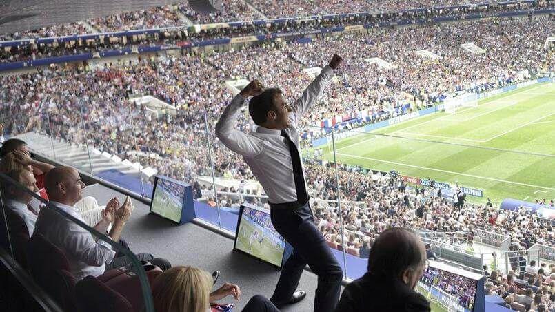 Macron Coupe 3