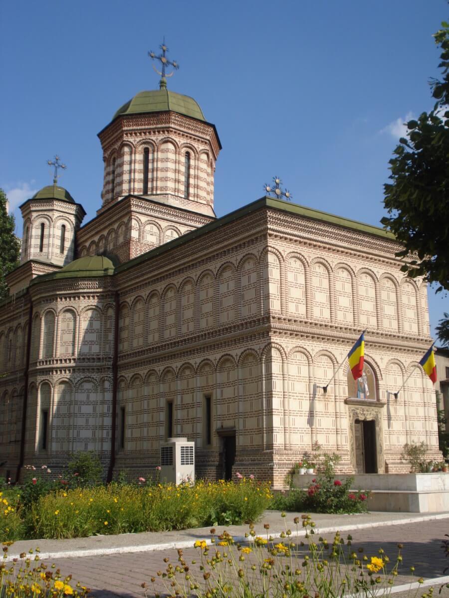 Manastirea Mihai Voda prezent fata