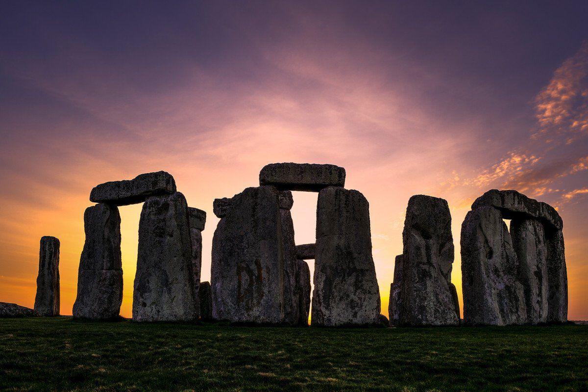 Stonehenge EH11025