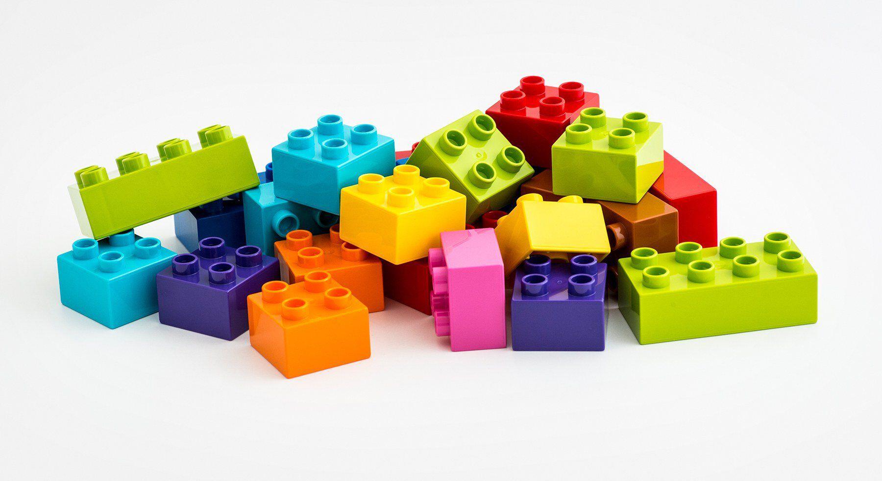 HighRes LEGO DUPLO bricks story