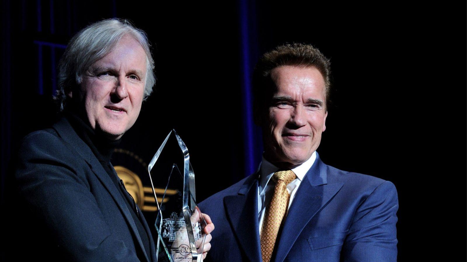 James Cameron Arnold Schwarzenegger új terminátor