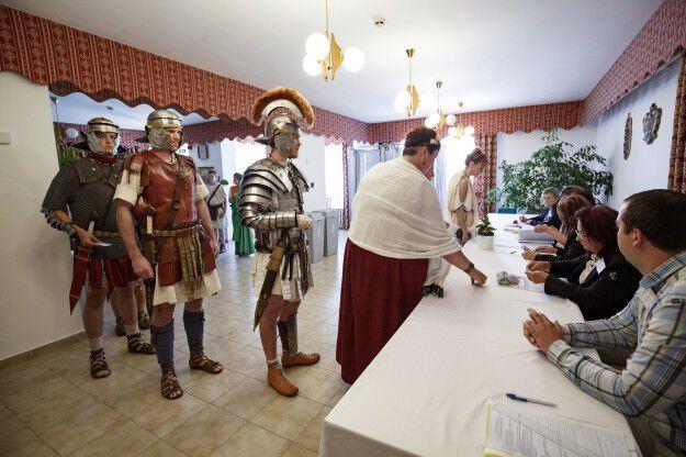 ep választás 2019 római katona