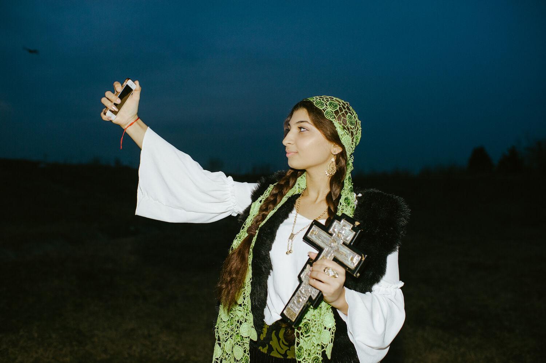 Lucia Sekerkova fotós romániai oláh cigányok havasföldi boszorkányok