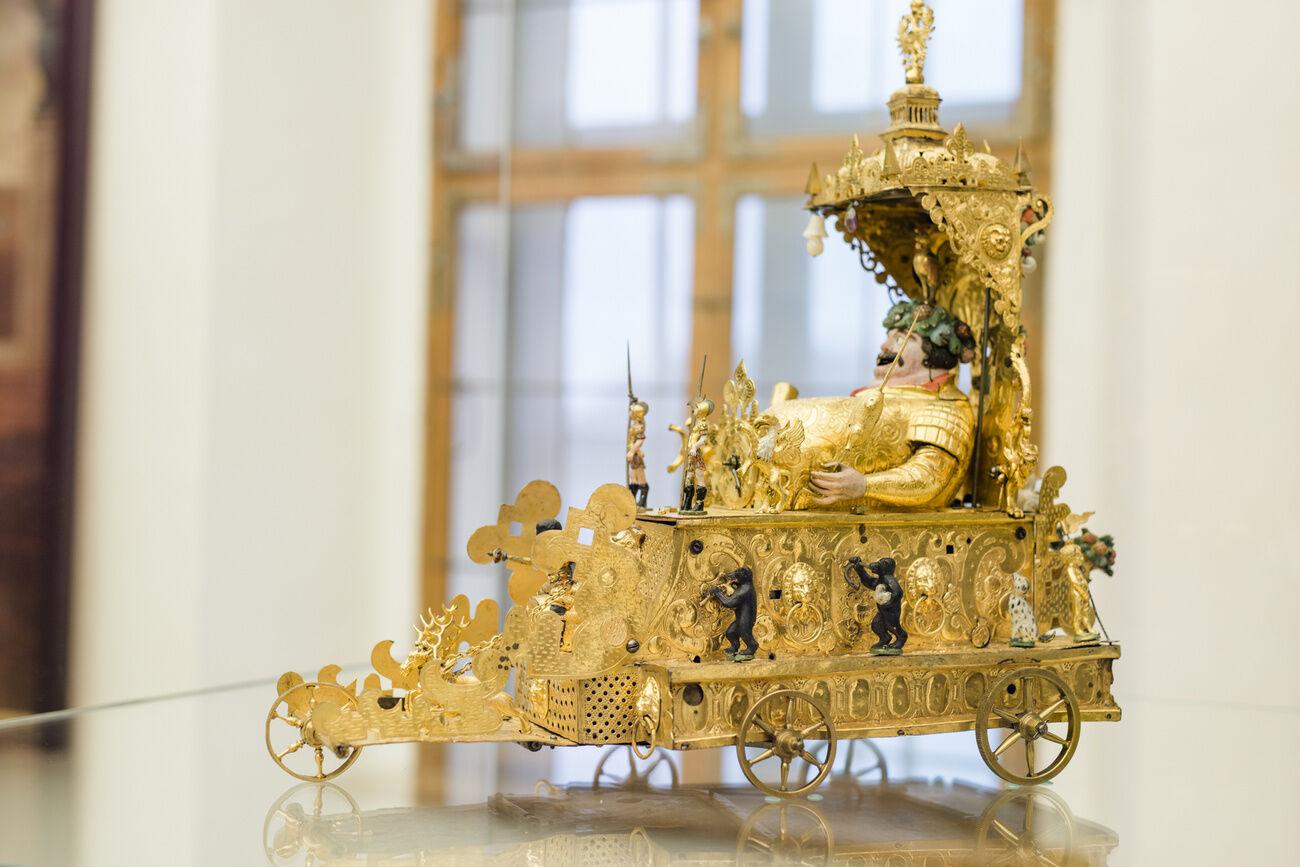 Az Esterházyak automata Bacchus kocsija a Fraknói várban