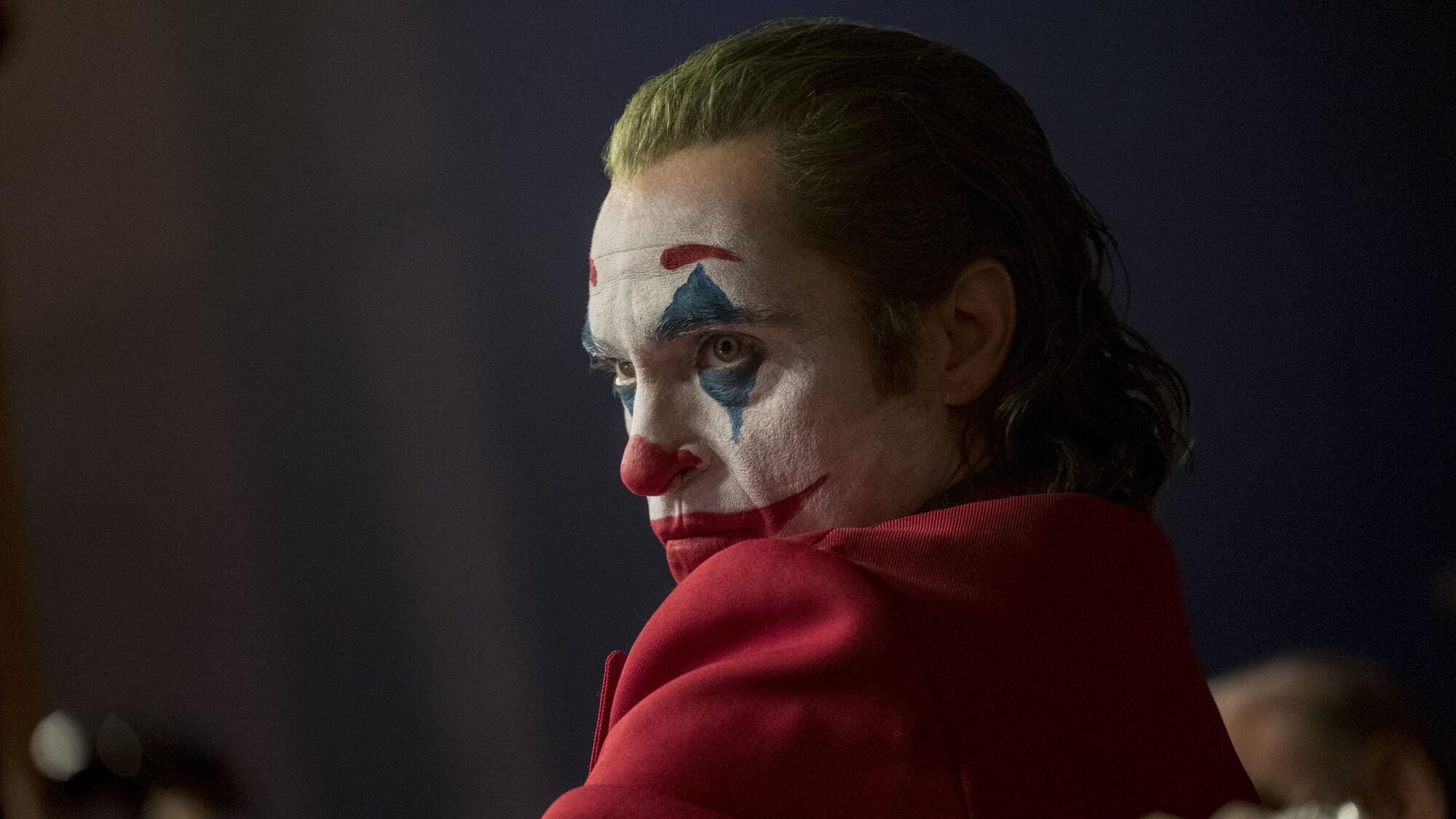 joaquin phoenix új joker film joker maszk mozi