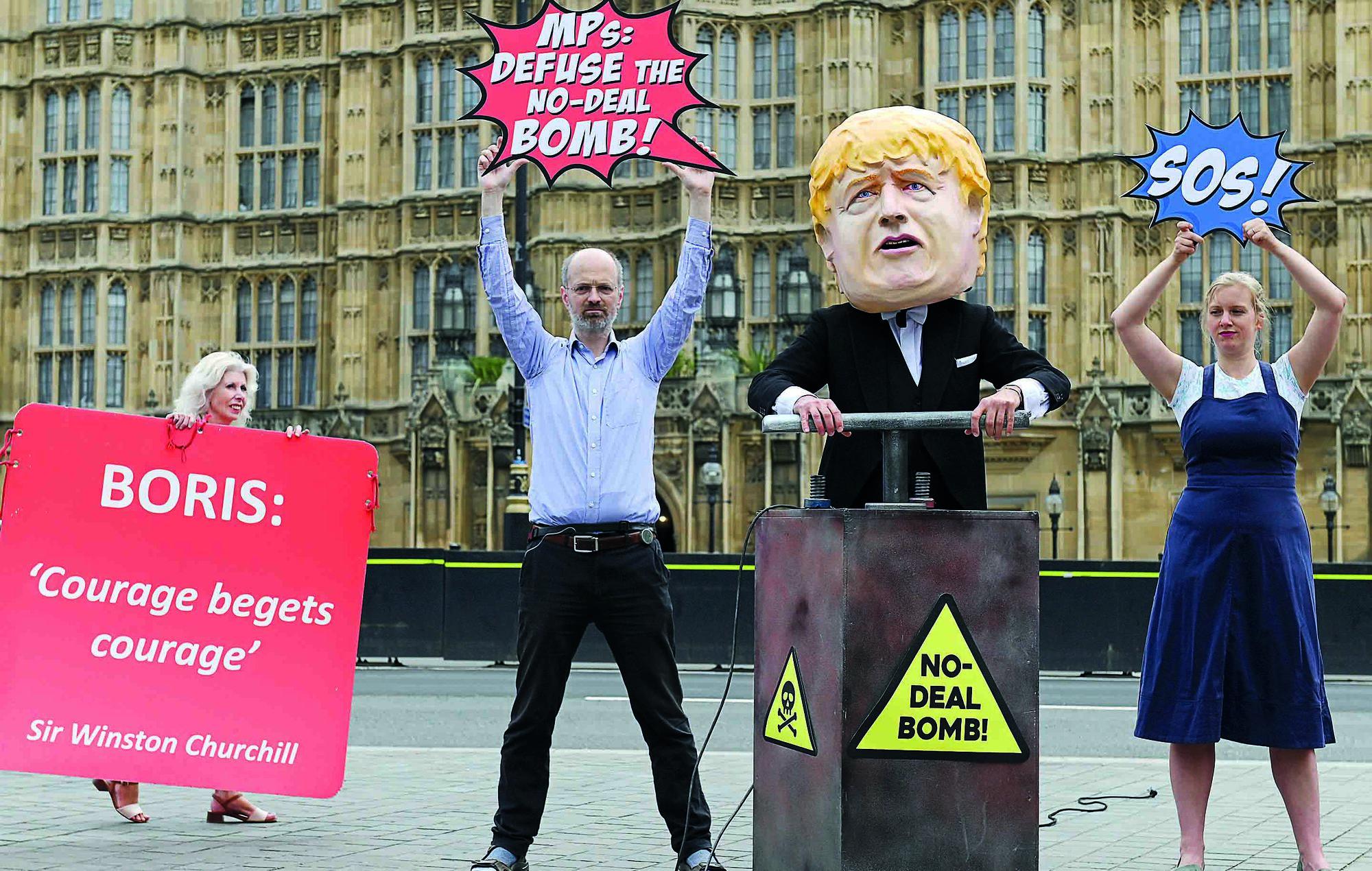 web int l pm johnson faces parliament showdown over fate of brexit 2 1 1567541532248