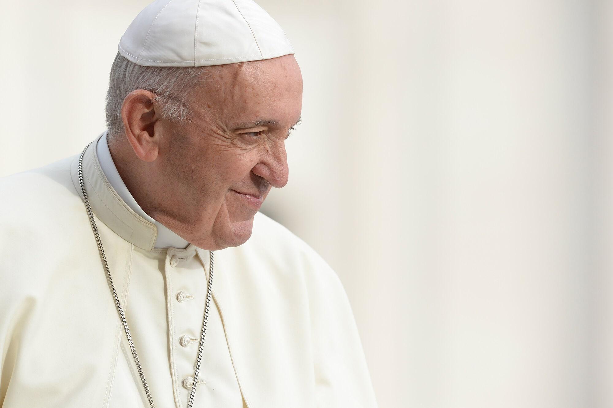 Ferenc Pápa Titkosítás Pedofília Vatikán