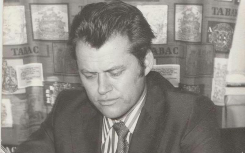 meghalt kovácsc sándor iván irodalomtörténész