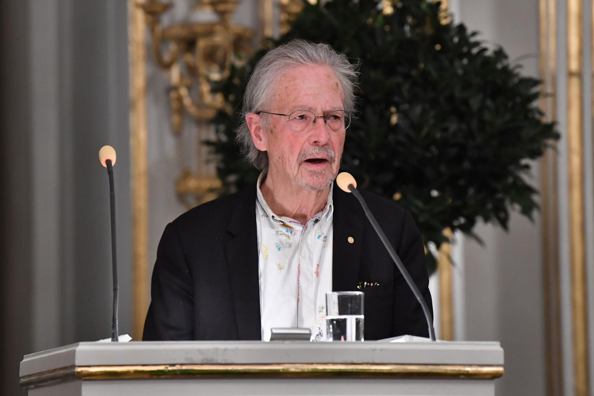 peter handke nobel díj 2019 tüntetés
