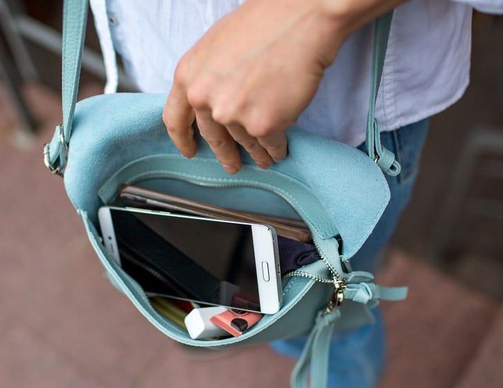 telefon táska