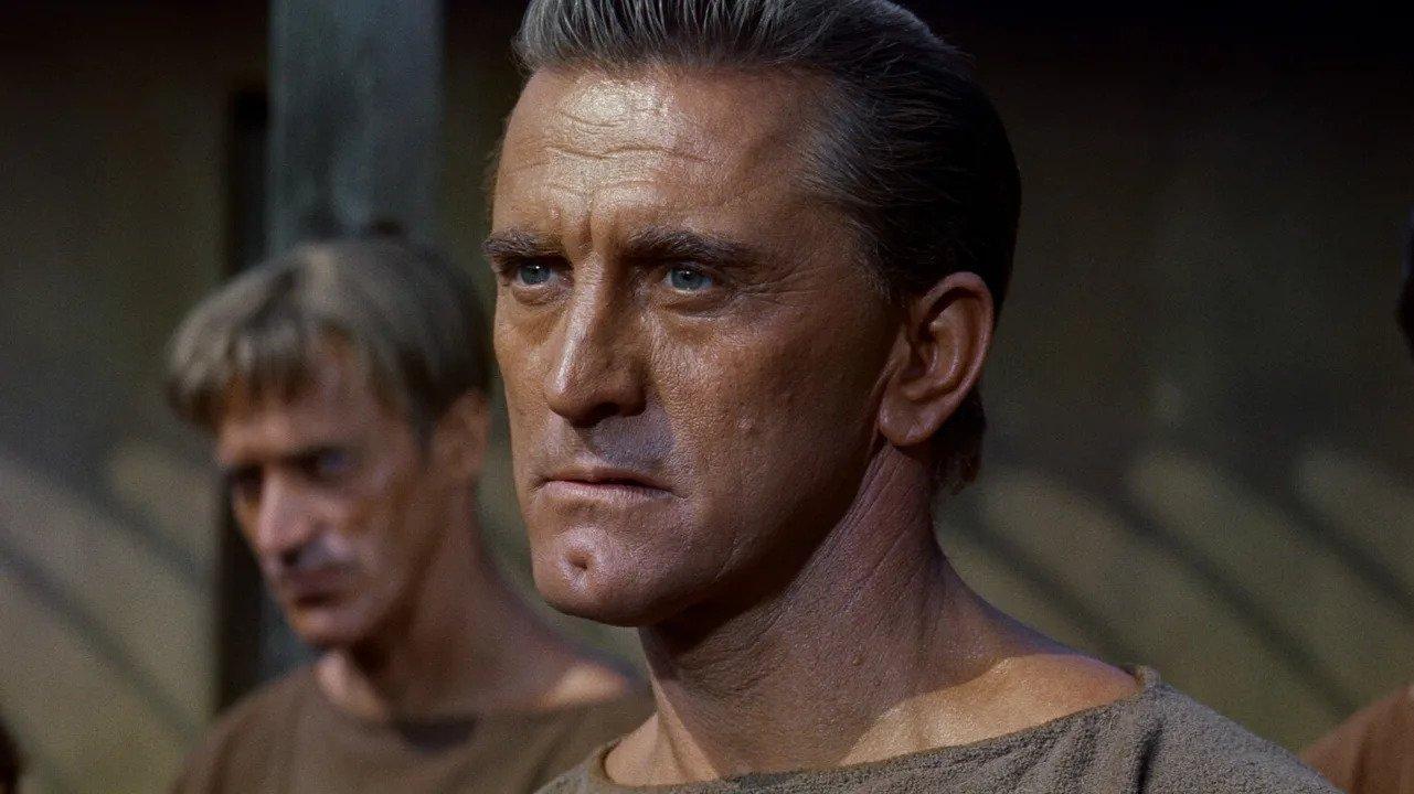 meghalt kirk douglas spartacus