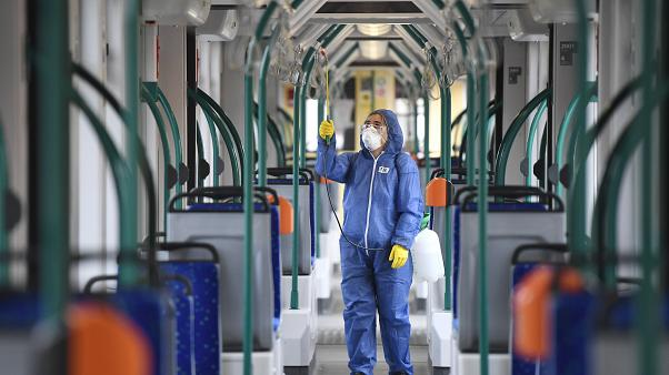 koronavirus hirek magyarorszagon ingyen utazas egeszsegugyi dolgozok