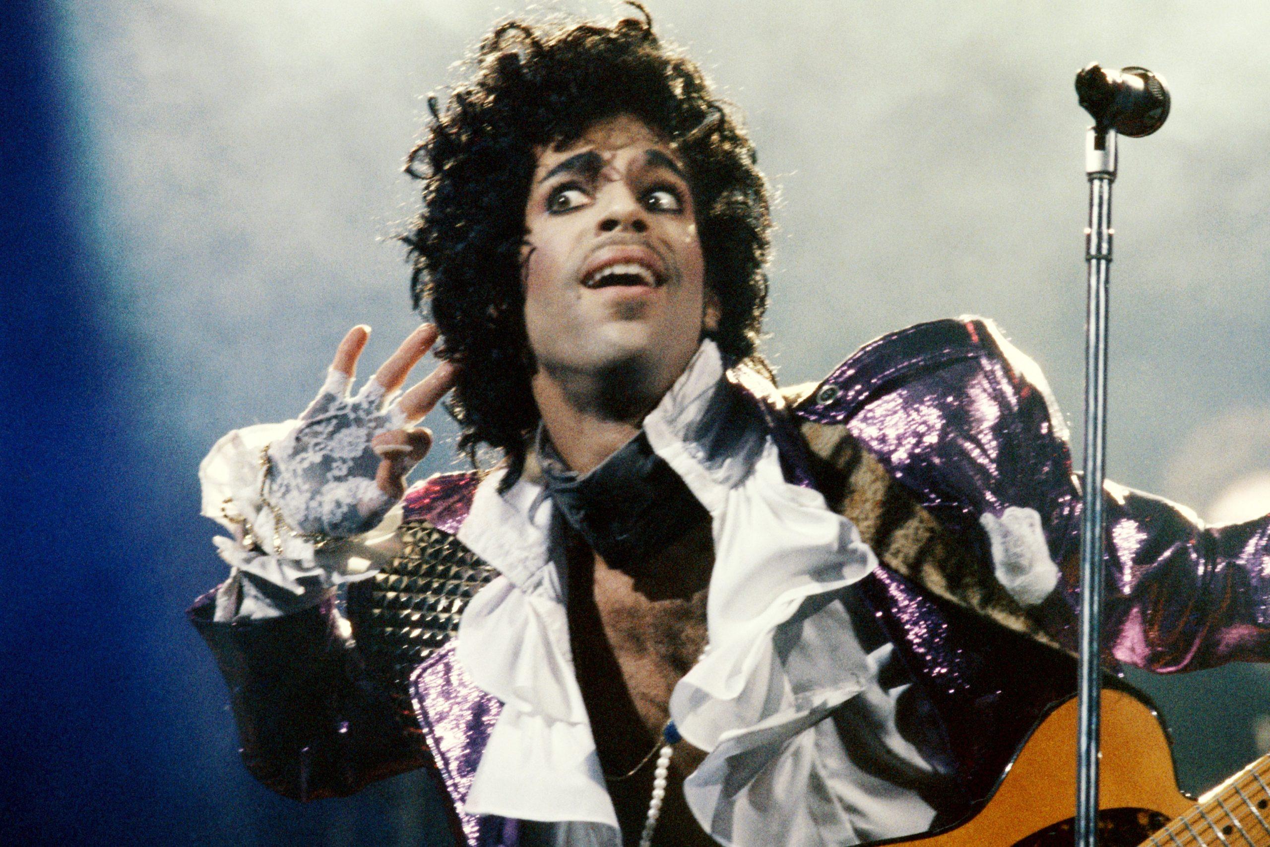 prince 1985 purple rain koncert scaled