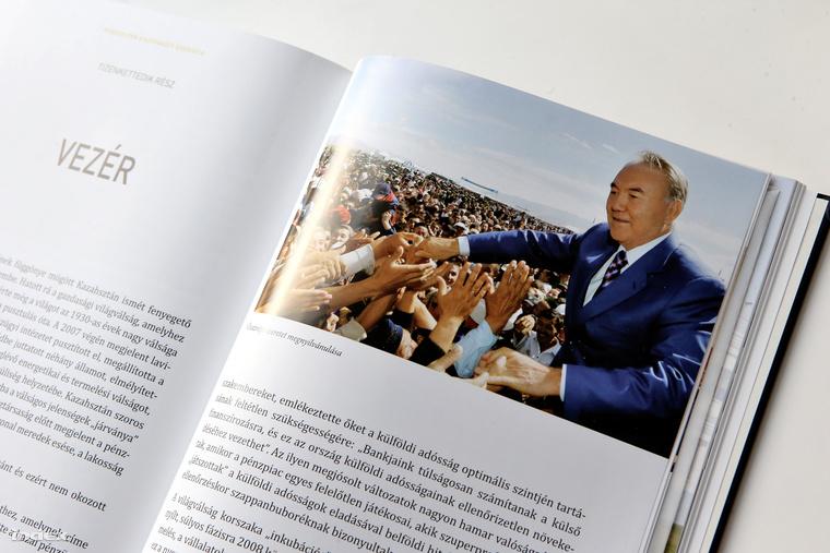 Nurszultan Nazarbajev kazah elnok konyv oneletrajz