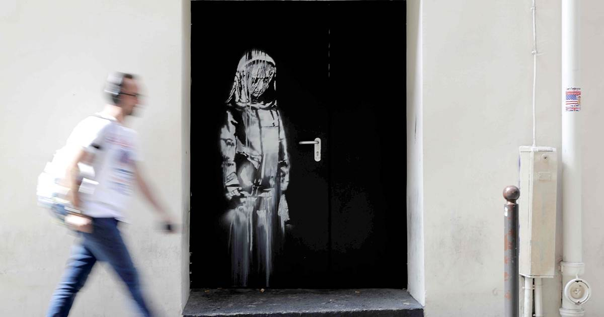 banksy parizsi terrortamadas gyaszolo no