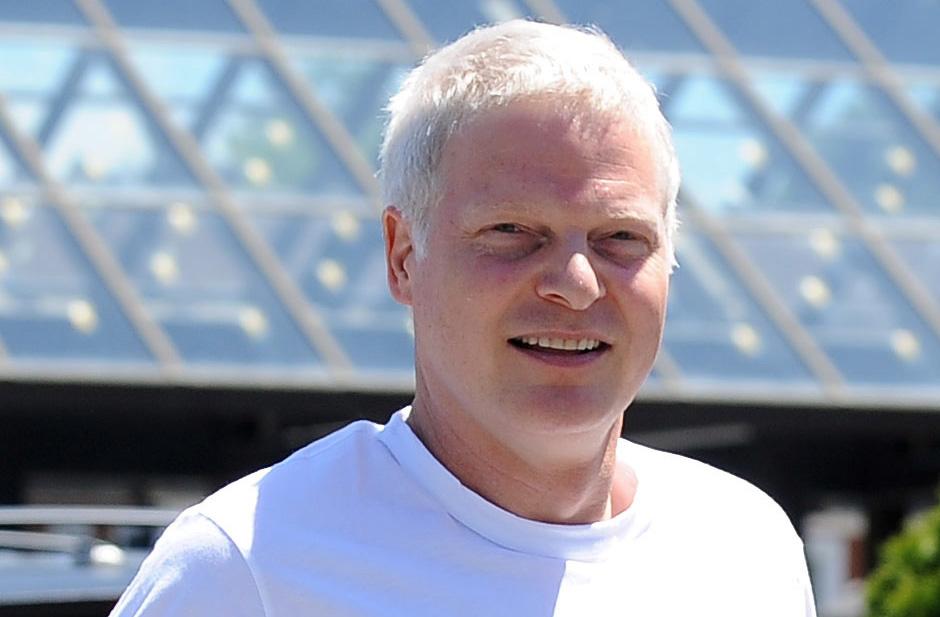 meghalt Steve Bing producer halalanak oka ongyilkos