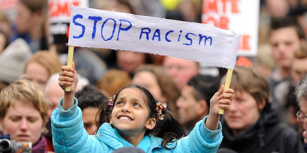 rasszizmus jelentese szotar george floyd black lives matter