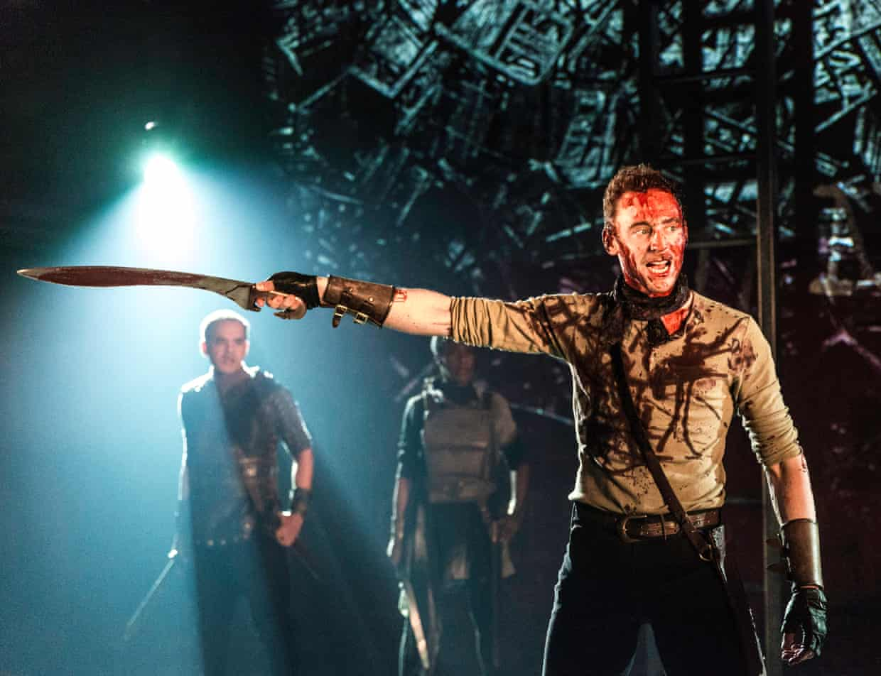 tom hiddleston coriolanus szinhaz