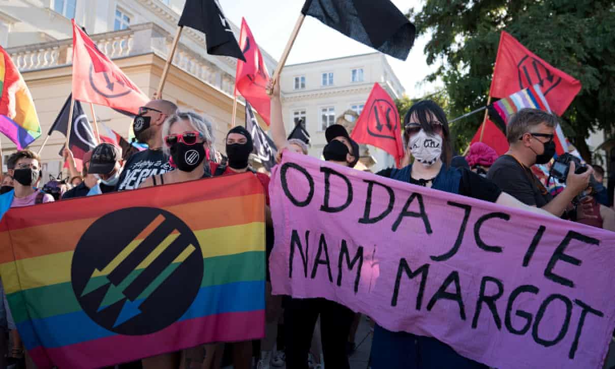 lengyelorszag homofobia ellen level
