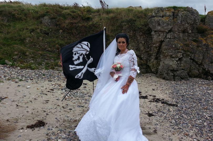 0 PAY Amanda Spirit Wedding 2 TRIANGLENEWS