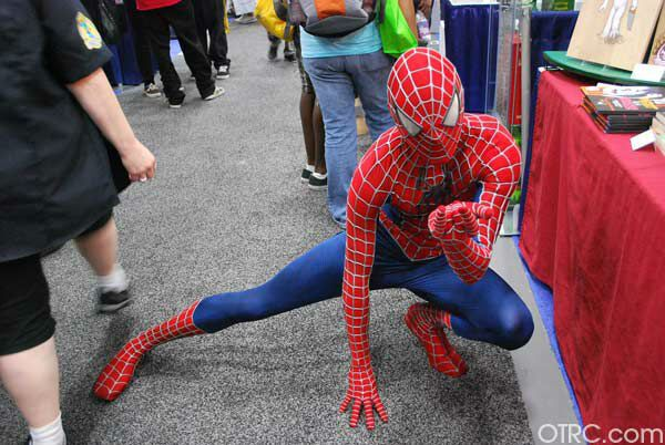 120715 galleryimg otrc comic con costumes spider man