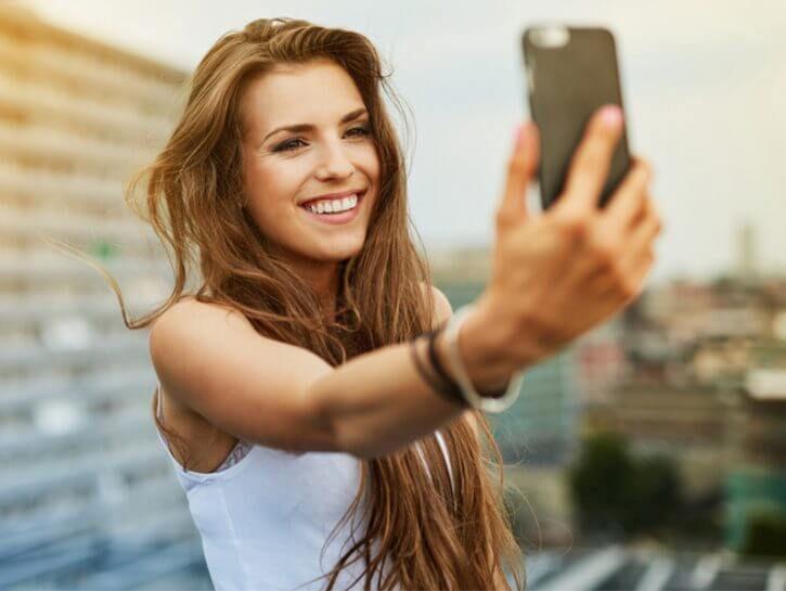 529382 4386816 selfie psicologia 725x545 1