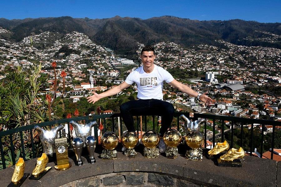 Cristiano Ronaldo betores madeirai villa2