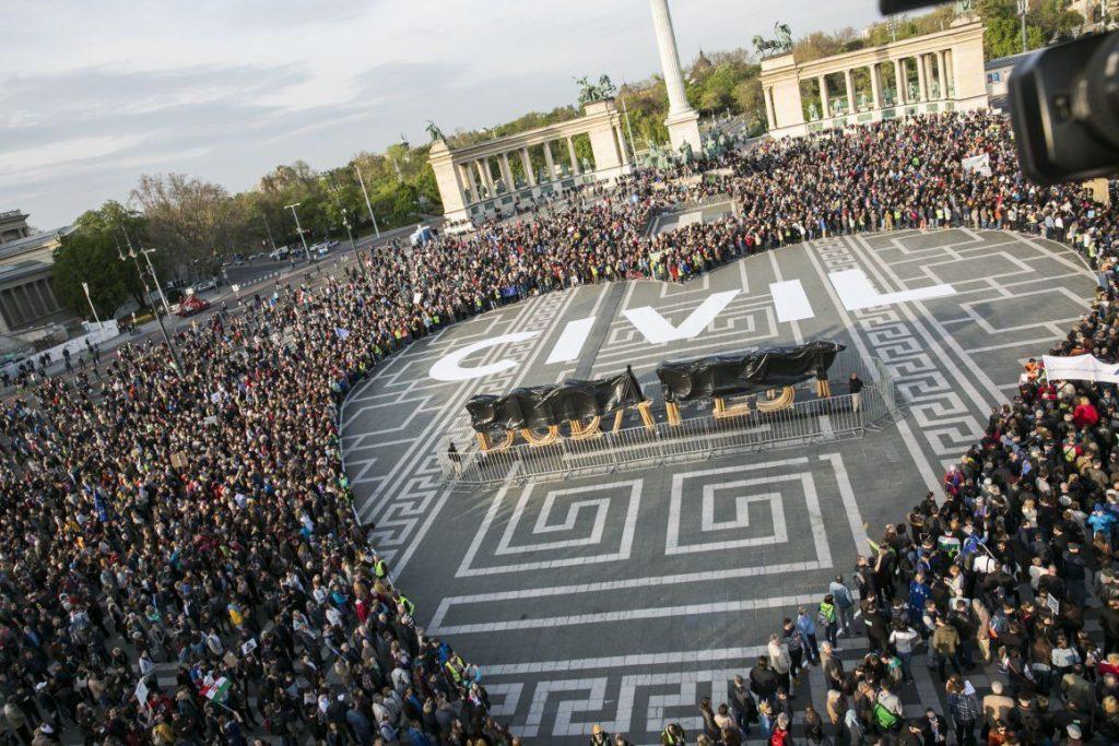 civil szervezetek szabad terek