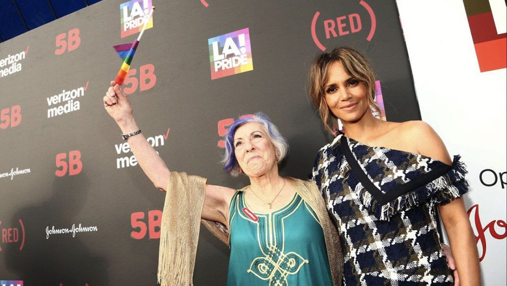 halle berry5B film premiere AIDS
