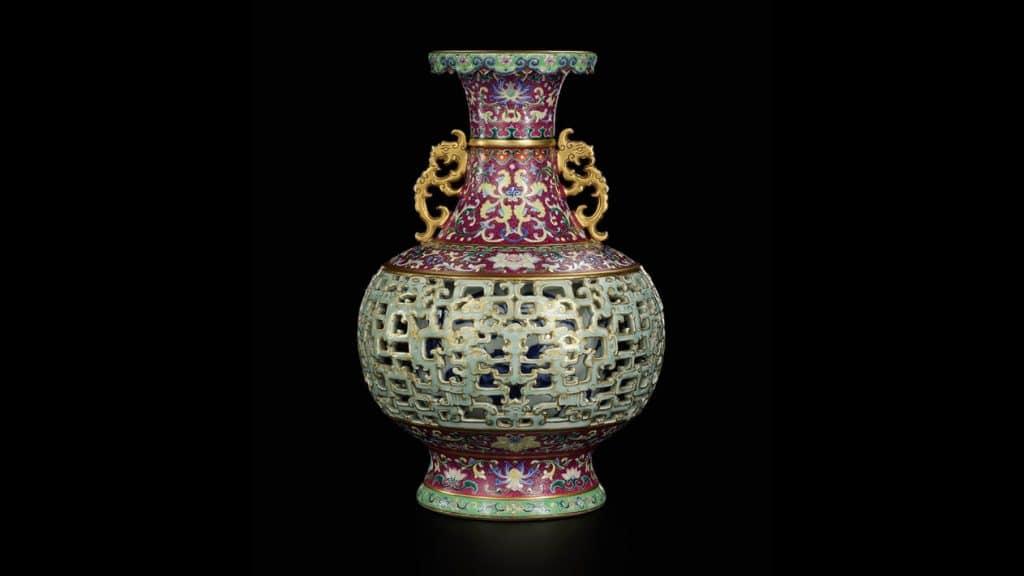 kinai porcelanvaza arveres csien long solthebys aukcioshaz
