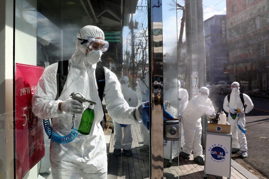 koronavirus magyarorszag izolalas ellenszer vakcina