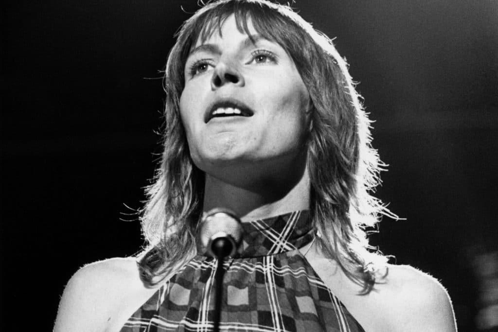 meghalt Helen Reddy enekesno i am woman 2 scaled 1