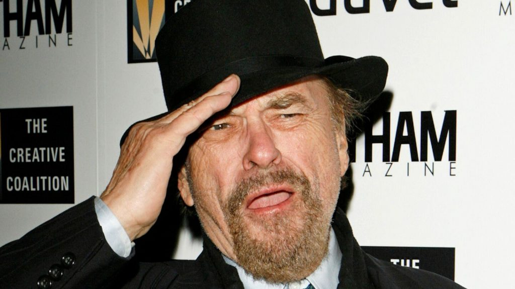 sotet zsaruk men in black rip torn z ugynok