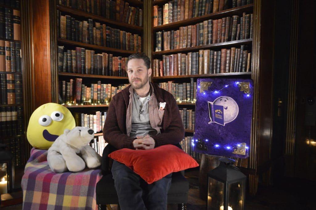 tom hardy meset olvas bbc anyak napja