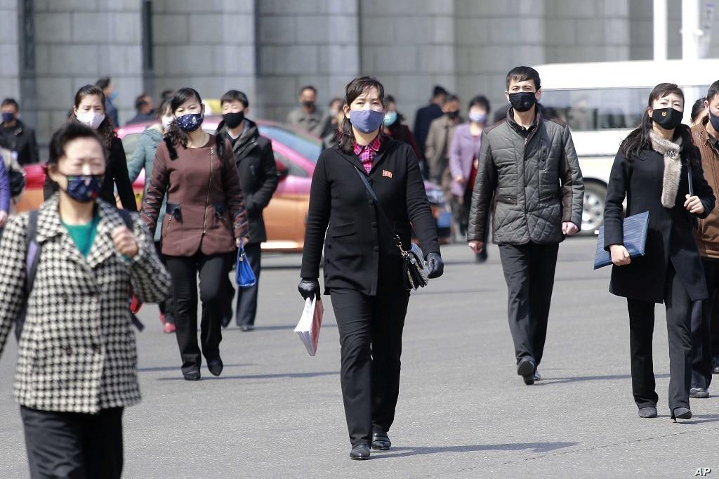 eszak korea koronavirus kivegeztek egy embert kijarasi korlatozas megszegese