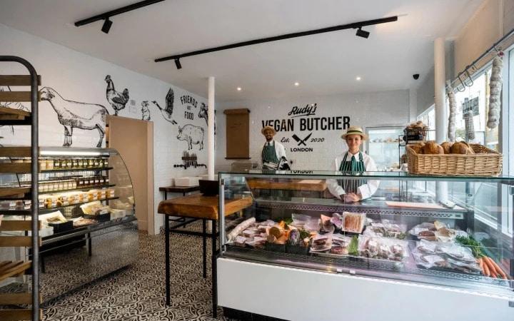 rudy vegan butcher vilag elso vegan hentesboltja