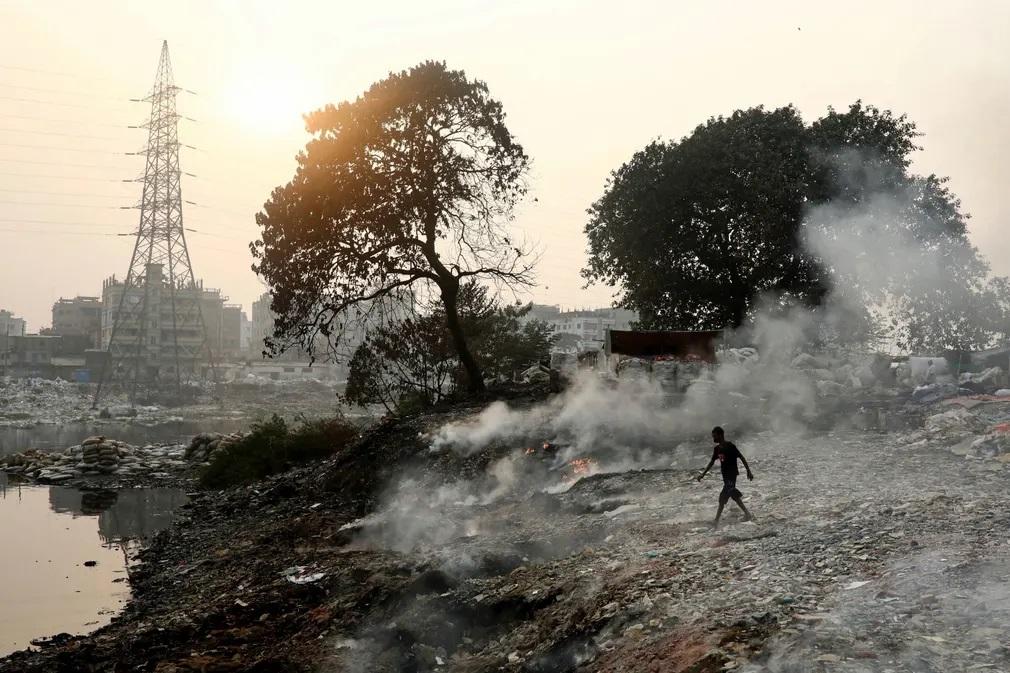 Bangladesh Szemet Kornyezetszennyezes Nap Fotoja