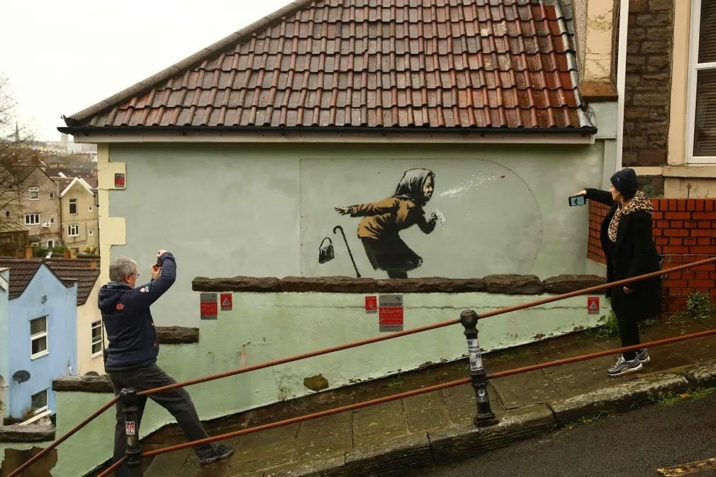 Bansky Anglia Streetart Muveszet Graffiti Nap Fotoja