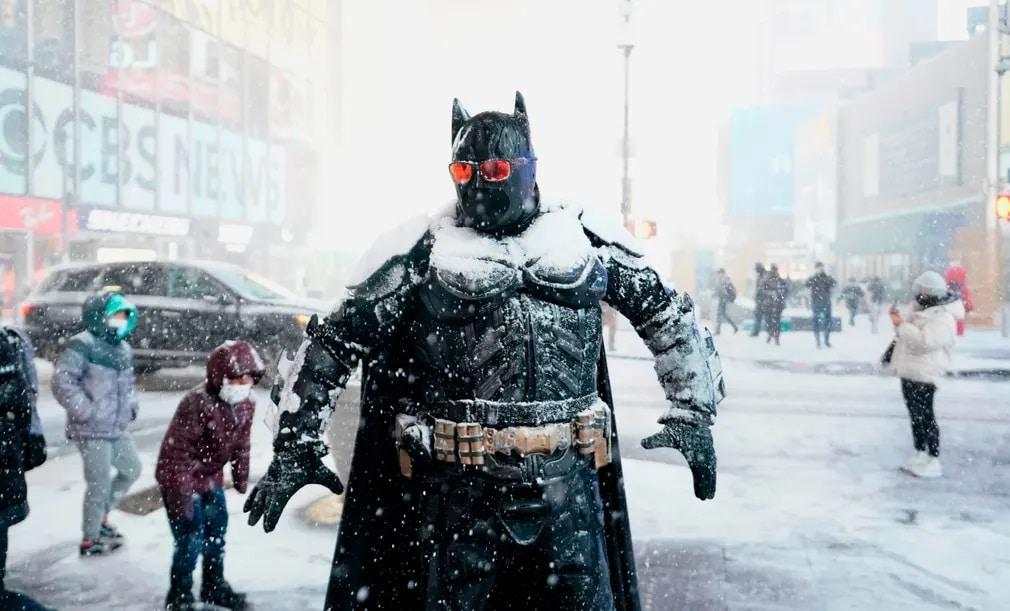 Batman Hovihar Havazas New York Nap Fotoja