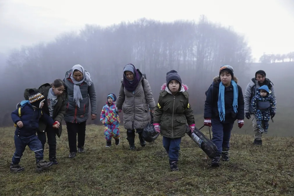 Bosznia Herczegovina Afgan Migracio Balkan Nap Fotoja