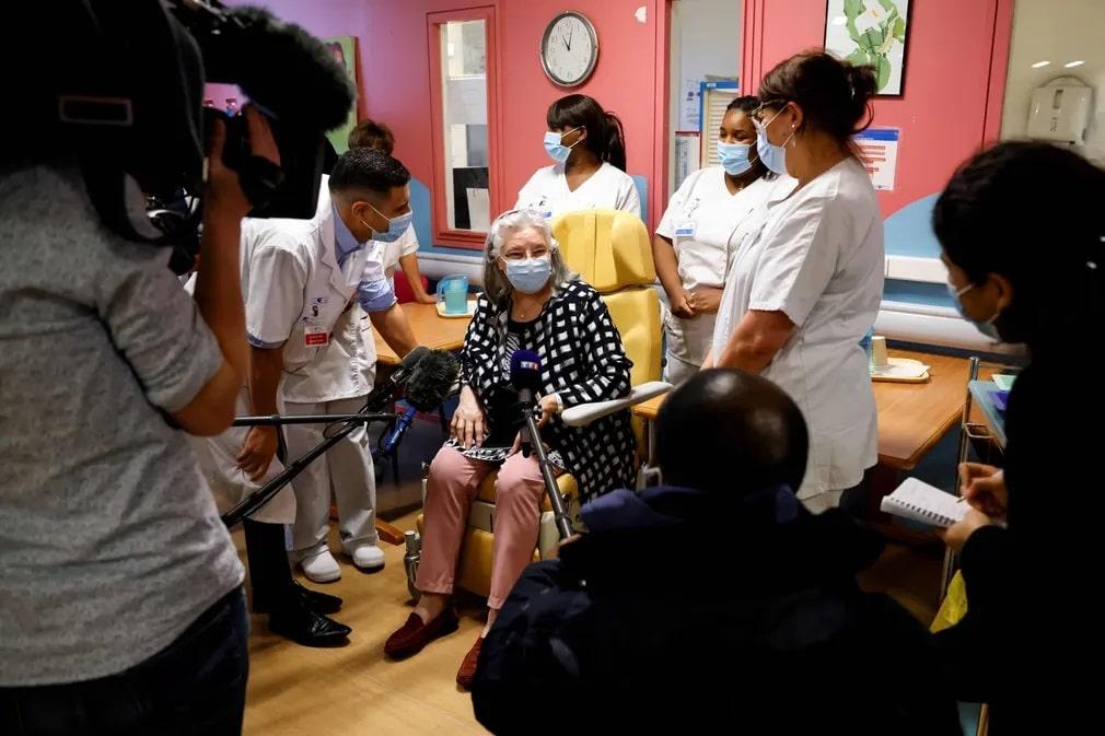 franciaorszag koronavirus oltas vakcina nap fotoja
