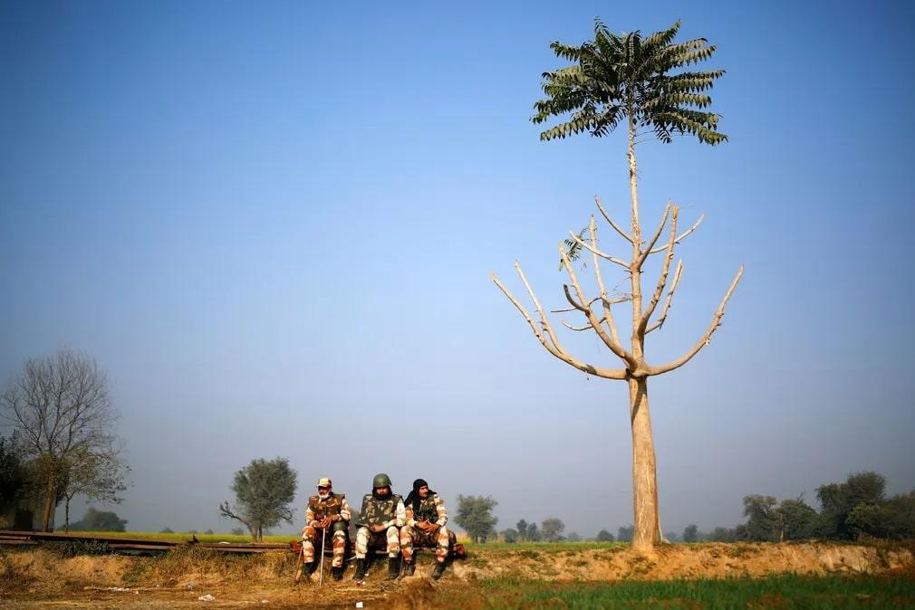 India Rendor Tuntetes Hatar Nap Fotoja