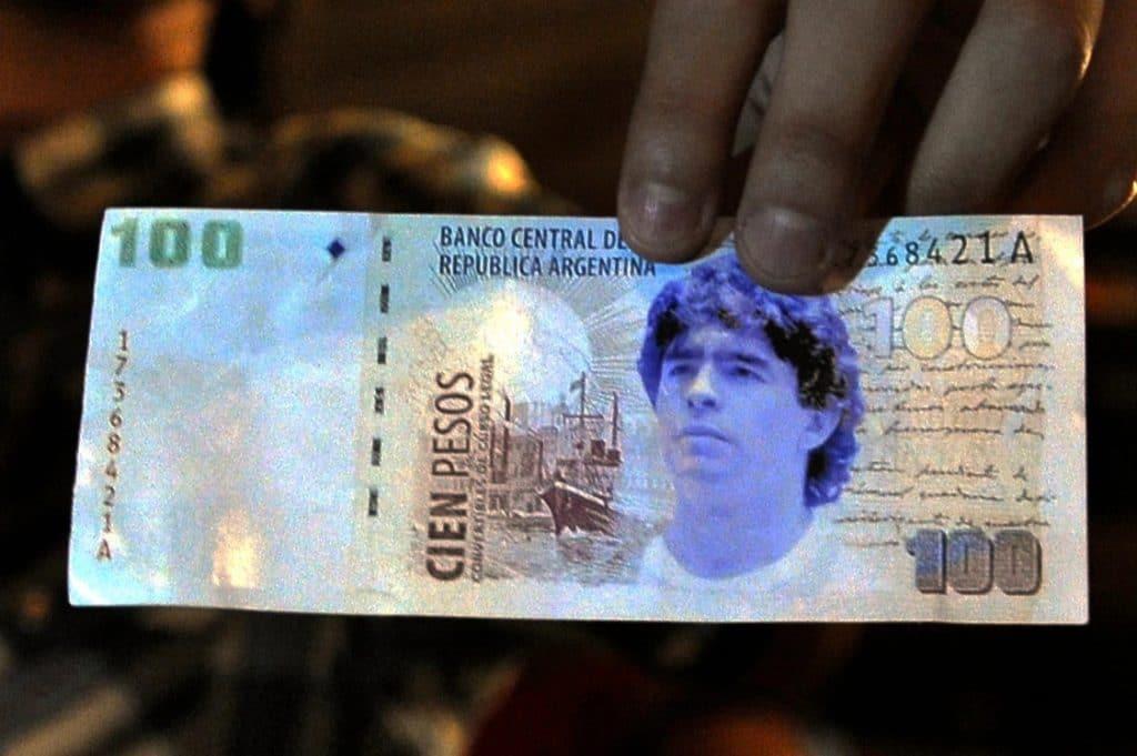 meghalt maradona bankjegy