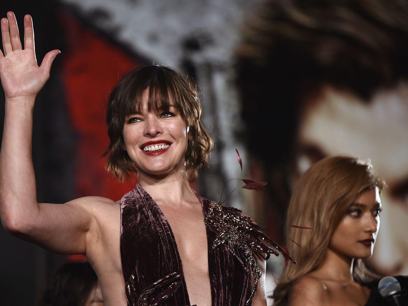Milla Jovovich Monster Hunter Szornyvadasz Kinai Mozi Rasszista Vicc