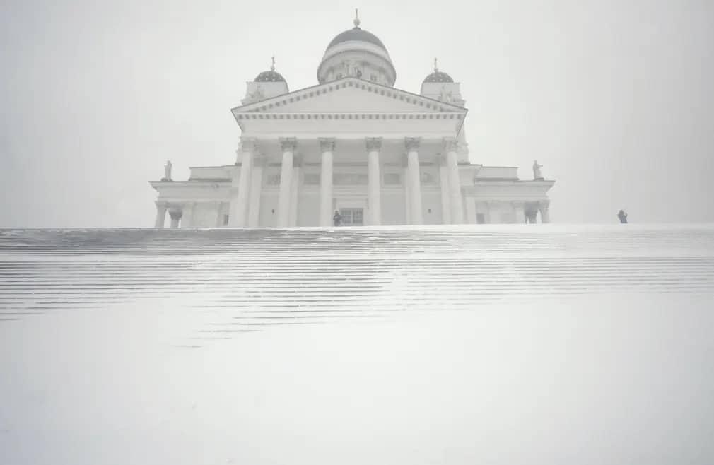 Helsinki Havazas Katedralis Finnorszag Tel Ho Nap Fotoja