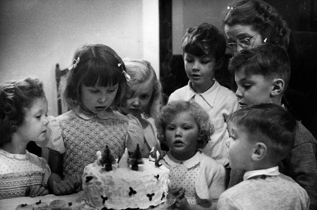 karacsony torta unnep gyerekek nap fotoja