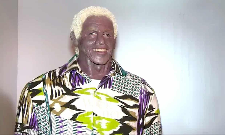 Nelson Mandela Armacollo Viaszszobor