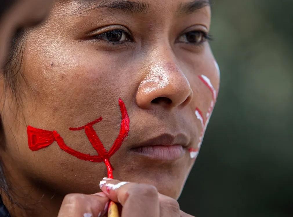 nepal aktivista arcfestek tuntetes kommunista nap fotoja