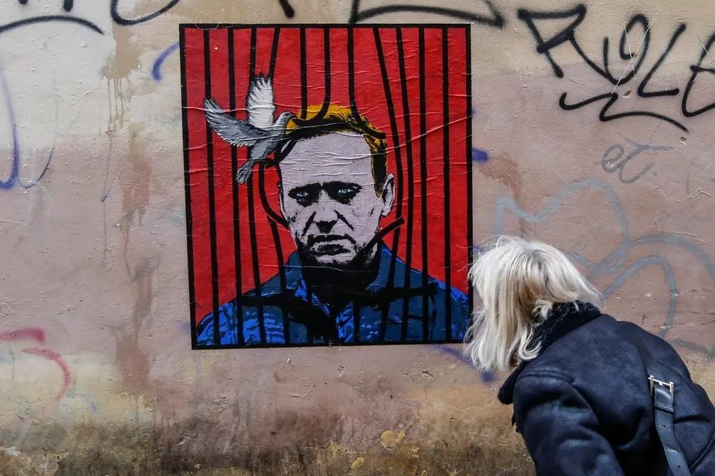 roma graffiti navalnij moszkva harry greb street art nap fotoja