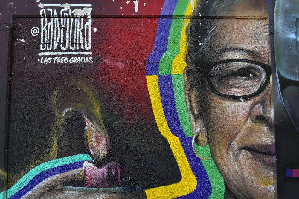 spray graffiti street art muvesz venezuela nap fotoja